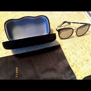 Gucci Black & Silver Mirror Sunglasses